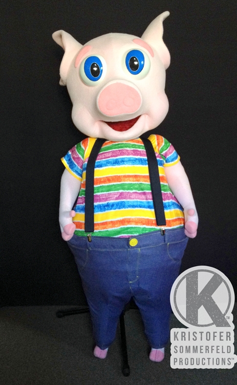 Custom Pig Puppet by Kristofer Sommerfeld